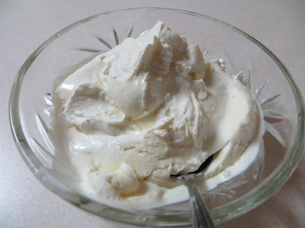 moon and ice cream 003